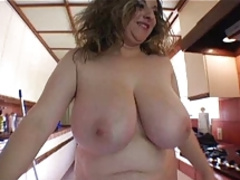 Kitty Lee- Mop Topless & Hairy Girl Full Scene Z!