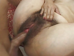 6 Hairy Mature Miss Bexxy