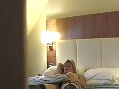 Hidden Mast - Wife In Hotel