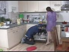 Horny Housewife Seduces Craftsman