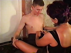 Mature Mom Amalia Fuck Sons Friend